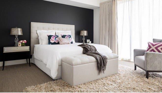 تخت خواب به عنوان نقطه کانونی اتاق
