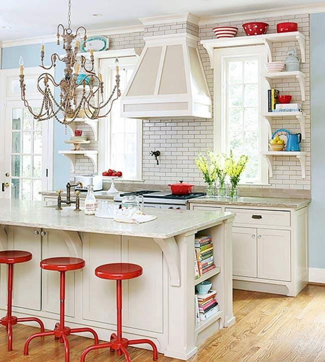 اضافه کردن رنگ به وسیله اکسسوری در آشپزخانه