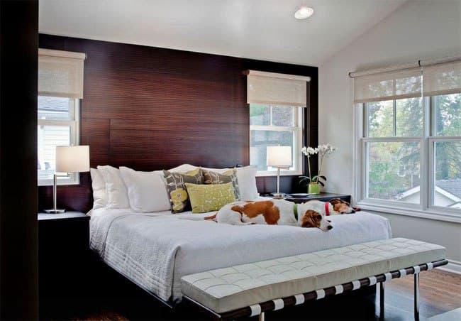 پرده بالارونده برای اتاق خواب با دیوار طرح چوب