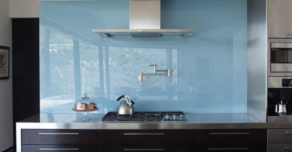 دیوار آشپزخانه ی شیشه ای